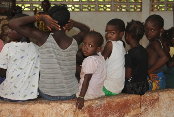 Mejora de la Escuela Primaria Saint-Alexis de la ciudad de Siguiri (Guinea)