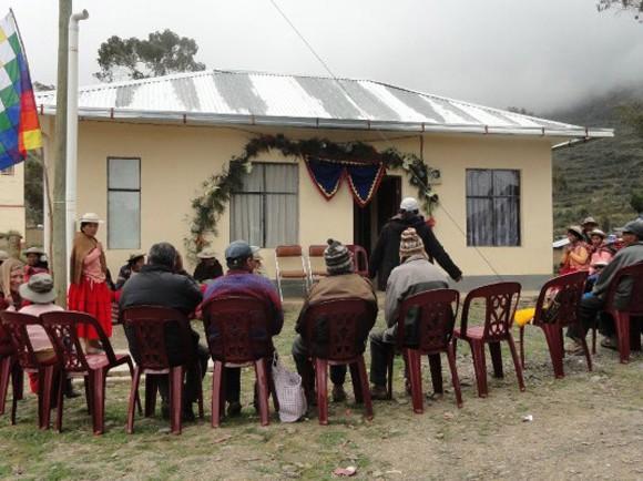 Prevención y atencion integral a la violencia intrafamiliar en Muñecas, Bolivia