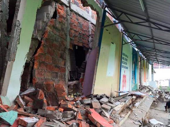 Reconstrucción, post-terremoto, de instalaciones del Colegio San José de Manta