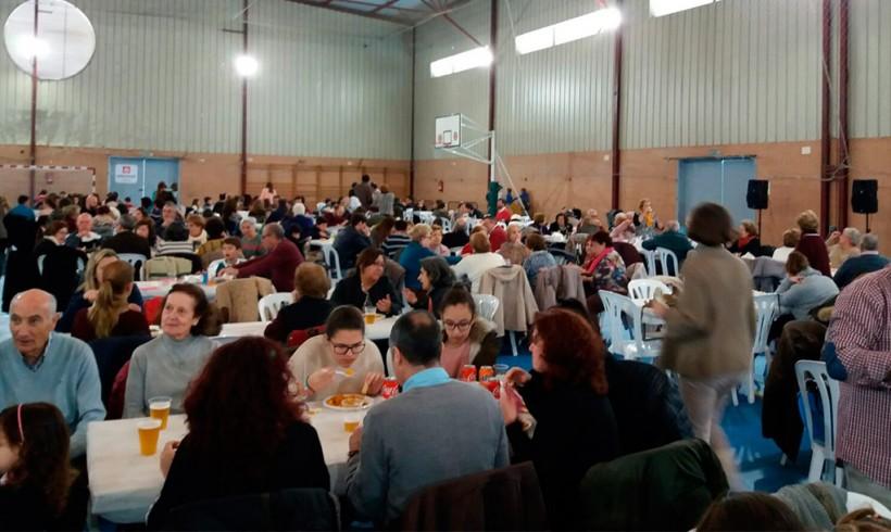 Jornada de convivencia y solidaridad en la Paella de Triana