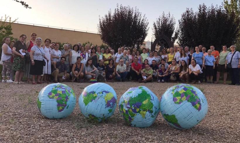 """Solidaridad Don Bosco participa en la vigilia """"Enlázate por la justicia"""" en Badajoz"""