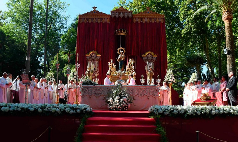 La Coronación de María Auxiliadora de Algeciras y Burundi