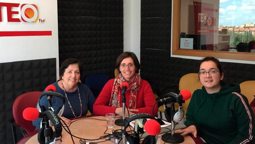 """Hablando de """"La Espiral Solidaria"""" en la radio Neo FM"""