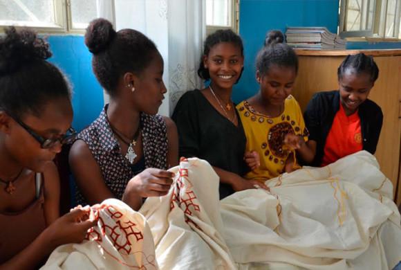 Mejora de la formación y educación de las mujeres y adolescentes de Zway, Etiopía